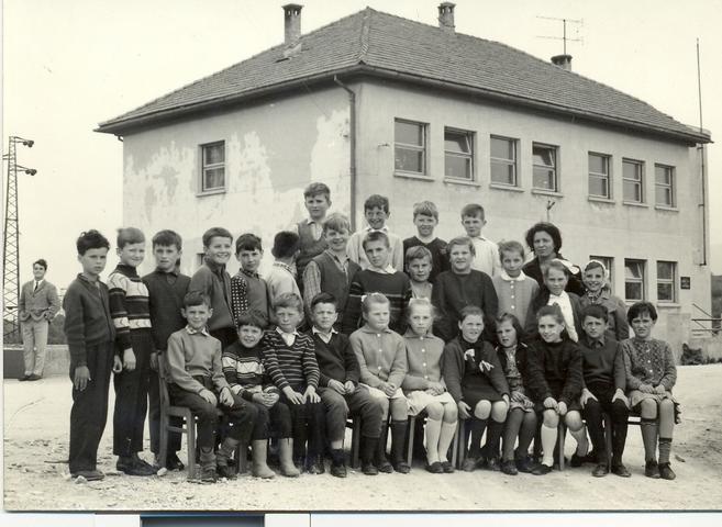 Razstava in publikacija ob 40- obletnici požara na OŠ Prestranek