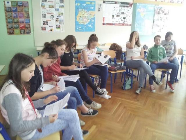 Tehniško-jezikovno-naravoslovni dan na Šolskem centru Postojna